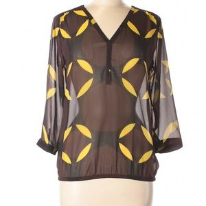 Outback Red Tops - Outback Red 3/4 Sleeve Brown and Yellow Top. SZ L
